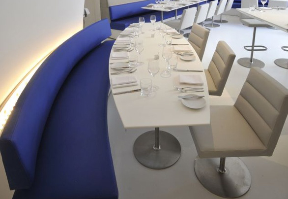 Special Shape Popular High Quality Restaurant Tables
